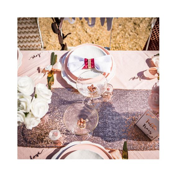 Chemin de table rose gold