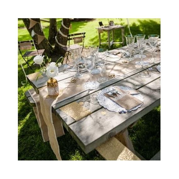 Chemin de table en toile de jute à bord dentelle - larg 28 cm
