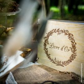Livre d'or couronne végétale - bois