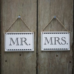 2 pancartes en bois Mr & Mrs