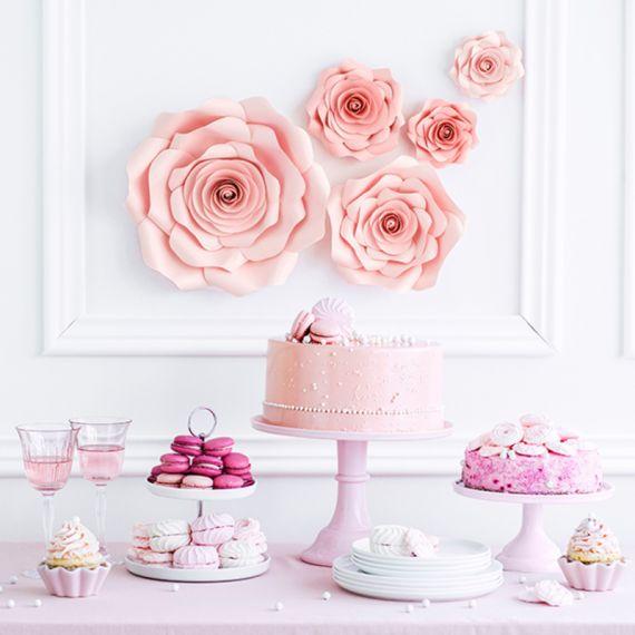 Fleurs géantes en papier rose5