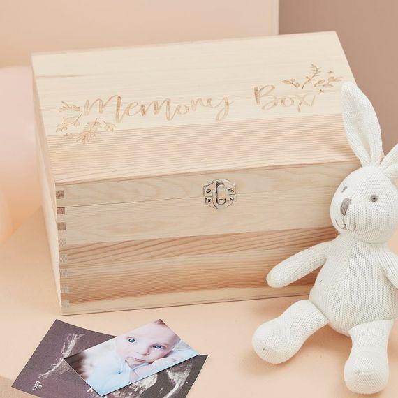 Boîte à souvenir en bois