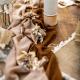 Chemin de table mousseline camel