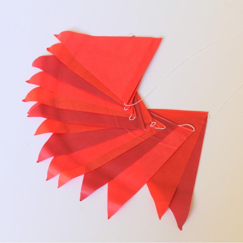Guirlande de fanions papier de soie rouge modern confetti - Guirlande papier mariage ...
