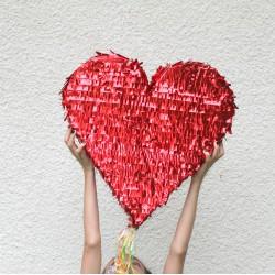 Pinata coeur - rouge