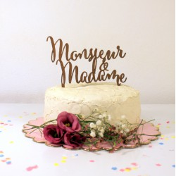Figurine de gâteau mariage cake topper Monsieur & Madame en bois