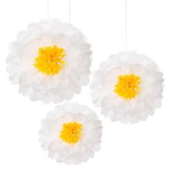 Fleurs blanches en papier