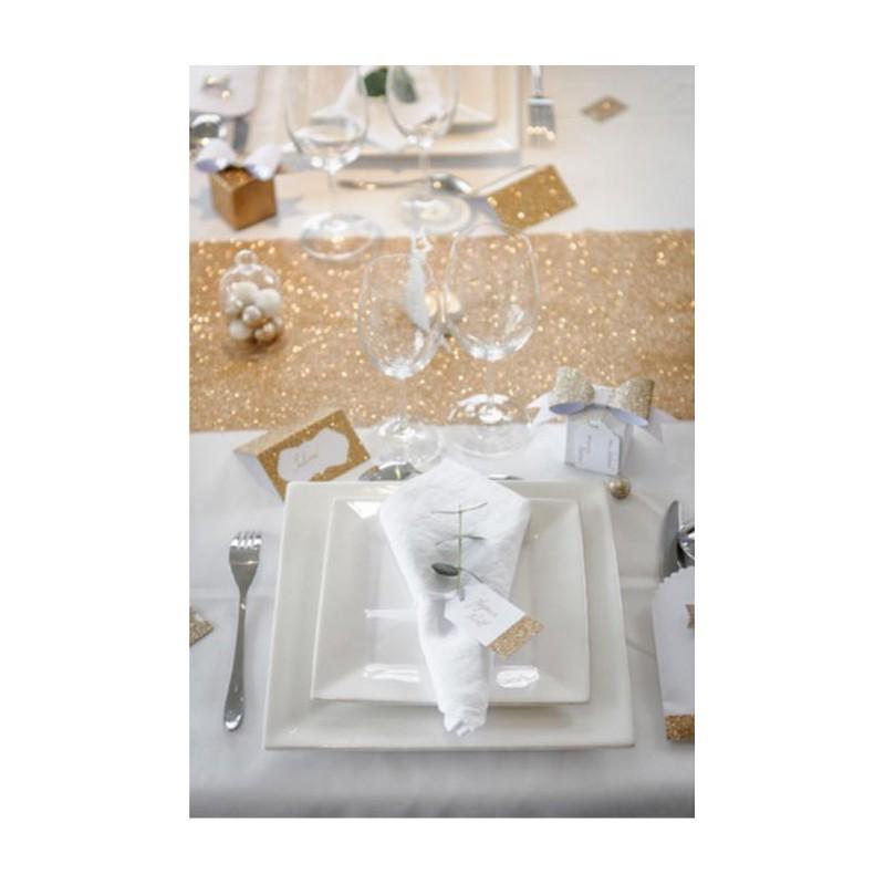 Chemin de table moderne meilleures images d 39 inspiration pour votre design de maison for Chemin de table or
