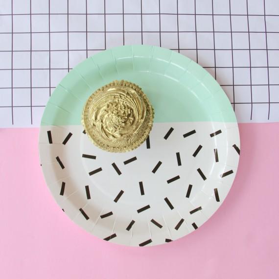 Assiettes design vert menthe (par 12)