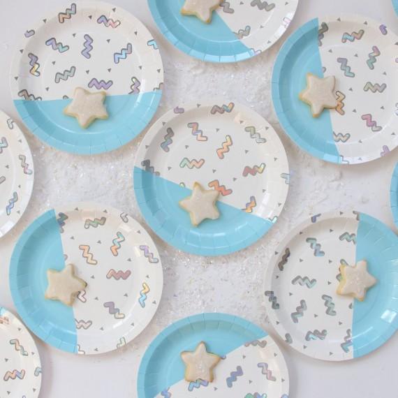 Petites assiettes design bleu (par 12)