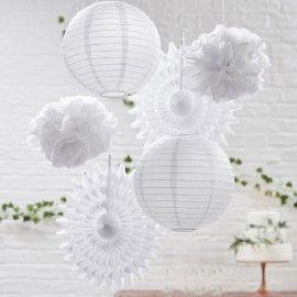 Lot de décorations à suspendre blanche