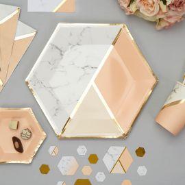 Assiettes jetables marbre et rose nude